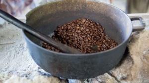 traditional-coffee-roasting-1457112188m31