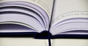 book-1945515_960_720