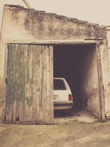 car-1406870_960_720