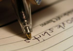 800px-2004-02-29_ball_point_pen_writing